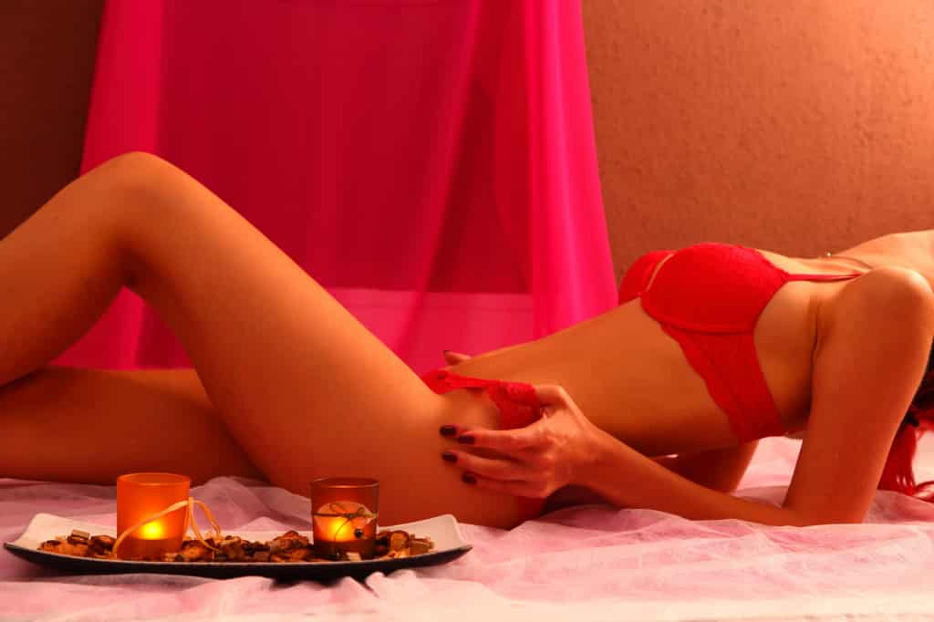 Erotic massage Amsterdam escort service (2)