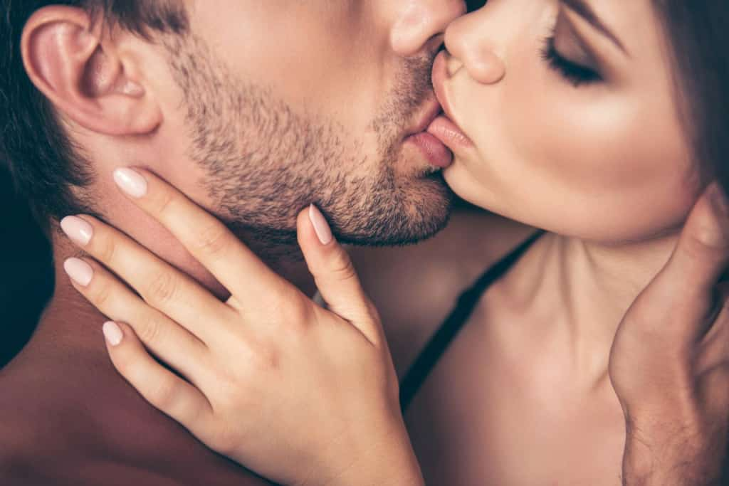 Kissing escort service Amsterdam