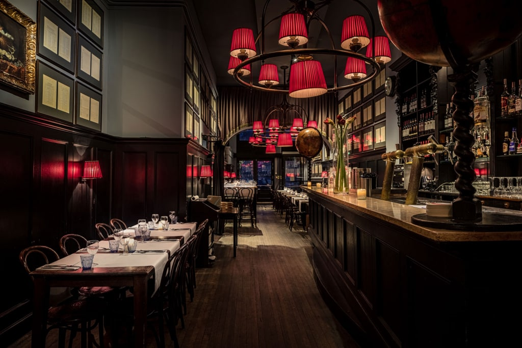 Diner date Amsterdam escort service