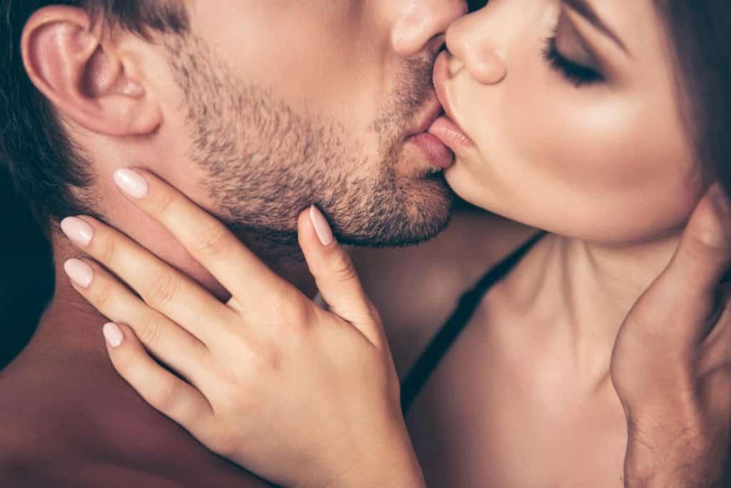 Kissing escort service Amsterdam