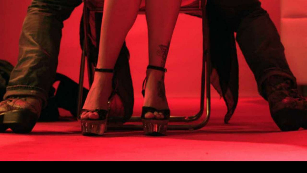 Striptease Amsterdam escort service